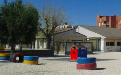 El Ayuntamiento de Elda adjudica la redacción de los proyectos de reforma de siete centros educativos del Plan Edificant