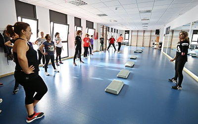Escuelas deportivas municipal de Mantenimiento Físico y de Kárate