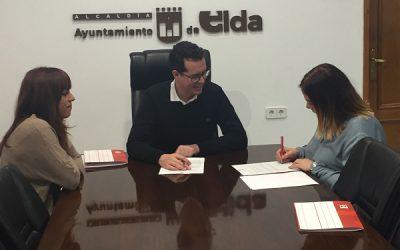 El Ayuntamiento de Elda y la Asociación de Alumnos de la EOI firman un convenio de colaboración