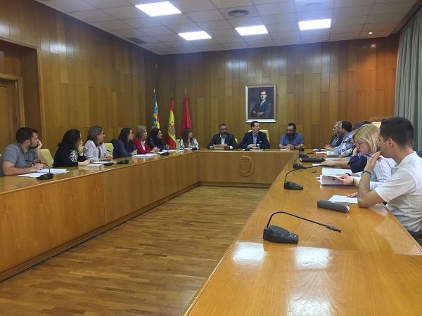 El Ayuntamiento de Elda impulsa el I Plan de Igualdad interno, para garantizar la igualdad dentro de la institución municipal