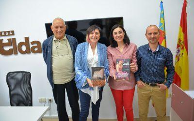 Elia Barcelo presentará la reedición de sus novelas El secreto del orfebre y Las largas sombras en Elda
