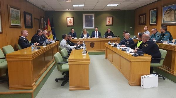 Más de 1.000 servicios policiales velarán por la seguridad de Petrer y Elda en los Moros y Cristianos