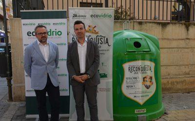 La nueva campaña para reciclar vidrio en  fiestas espera superar las 26 toneladas recogidas en cuartelillos en 2017