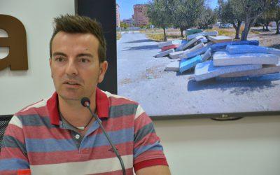 La Policía Local identifica al responsable del abandono de más de 100 colchones
