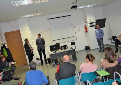 Idelsa convoca un curso de  alfabetización digital para personas desempleadas