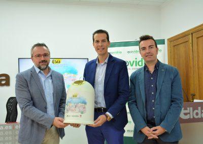 Elda se convierte en la primera Ciudad Maravidriosa de España tras conseguir el reto de aumentar la tasa de reciclaje de vidrio