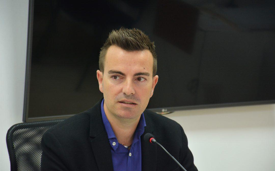 Deportes reparte 37.500 euros en ayudas para las AMPAS de once centros educativos de Elda
