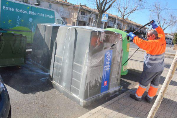 La limpieza se ha retomado esta mañana en La Torreta, la Estación y Casas de Cemento.