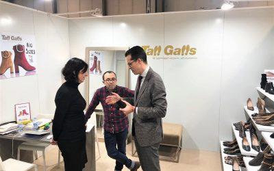 El alcalde de Elda acude a la Feria del Calzado de Milán para respaldar a las empresas eldenses