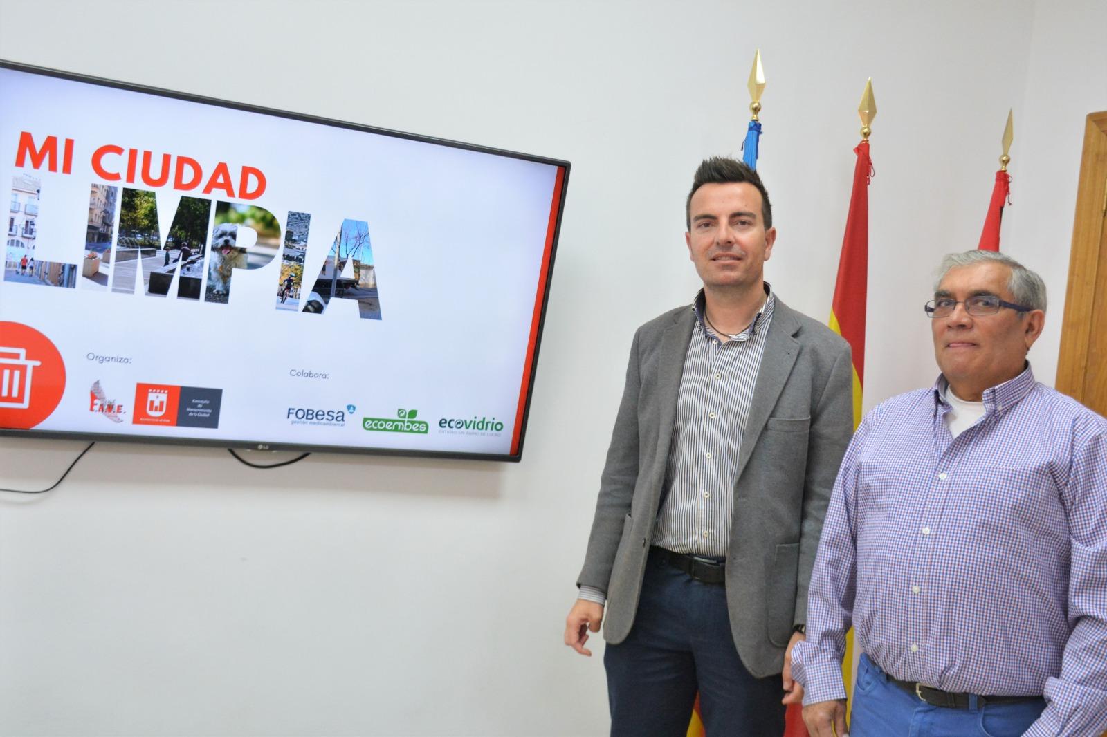 El Ayuntamiento de Elda y FAVE se unen para concienciar a la ciudadanía sobre la limpieza de  la ciudad, el cuidado de los espacios públicos y la importancia del reciclaje