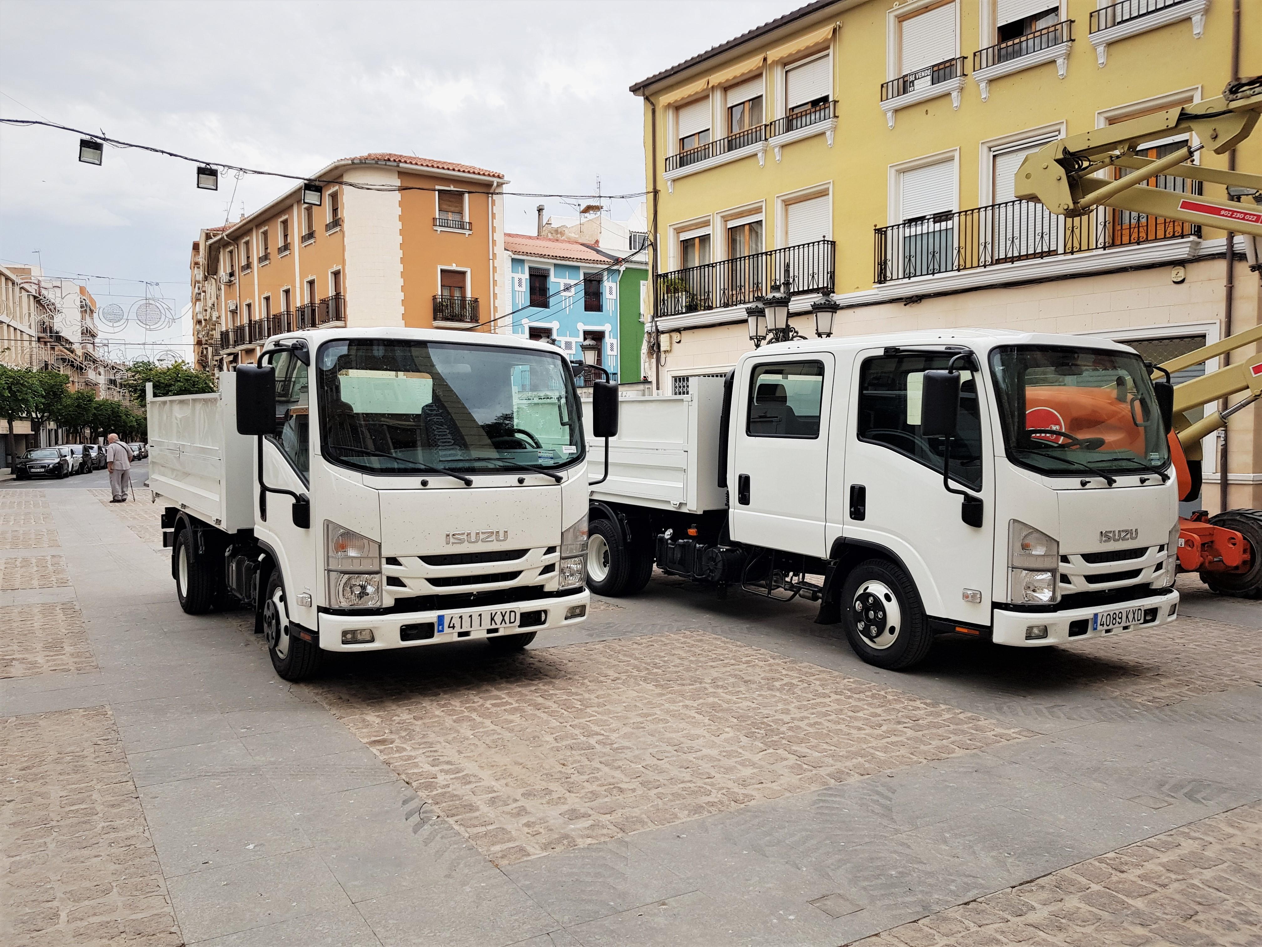 El Ayuntamiento de Elda renueva la flota de vehículos municipales con la incorporación de dos nuevos camiones