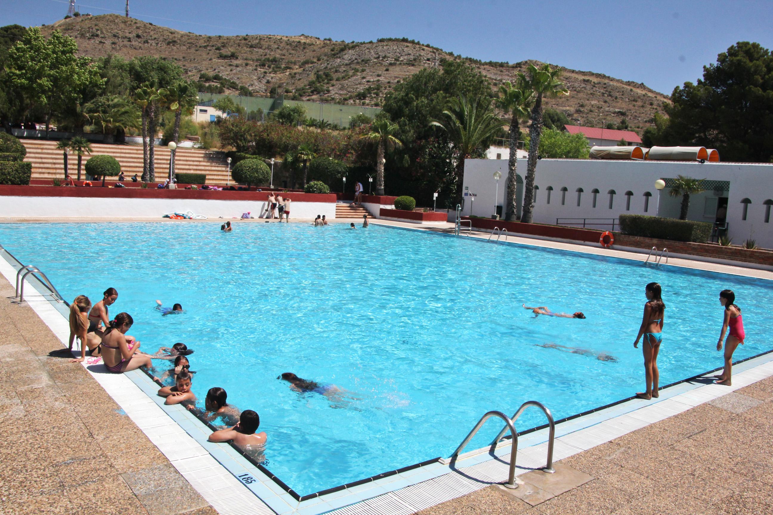 Este sábado se abren piscinas municipales de San Crispín