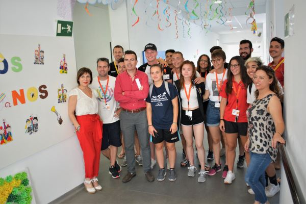El IES Monastil de Elda acoge a cinco alumnos holandeses y cuatro alemanes dentro de un proyecto de Formación Profesional relacionado con el deporte