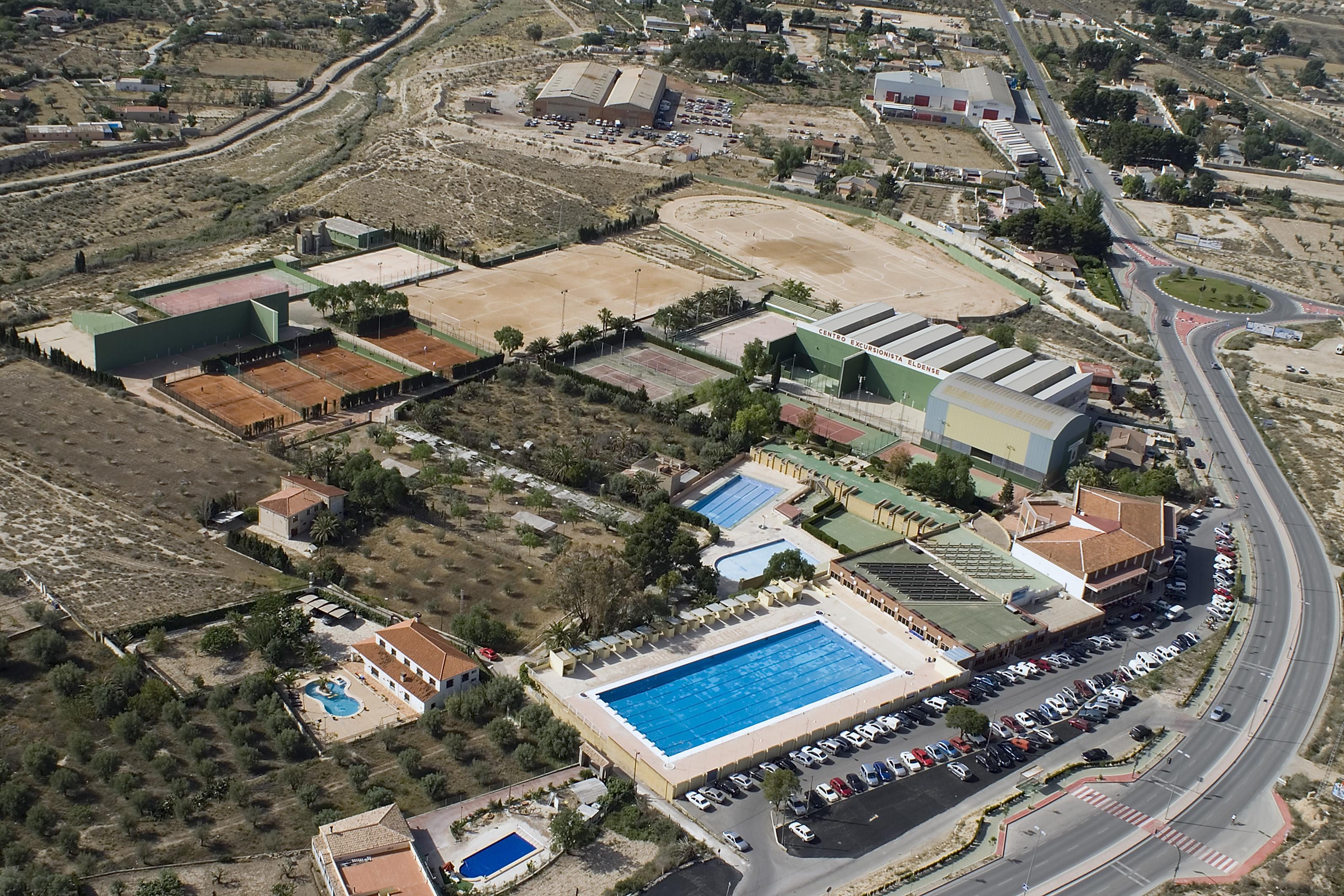 El Ayuntamiento aprueba una subvención de 22.000 euros para el Centro Excursionista Eldense