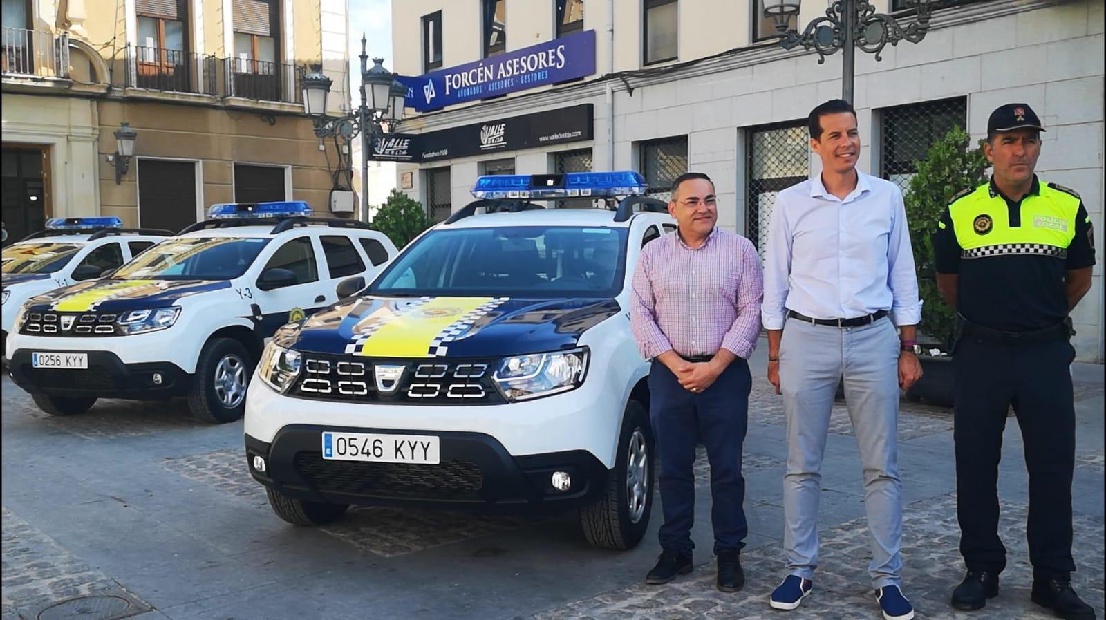 El Ayuntamiento de Elda renueva la flota de la Policía Local con tres nuevos coches patrulla