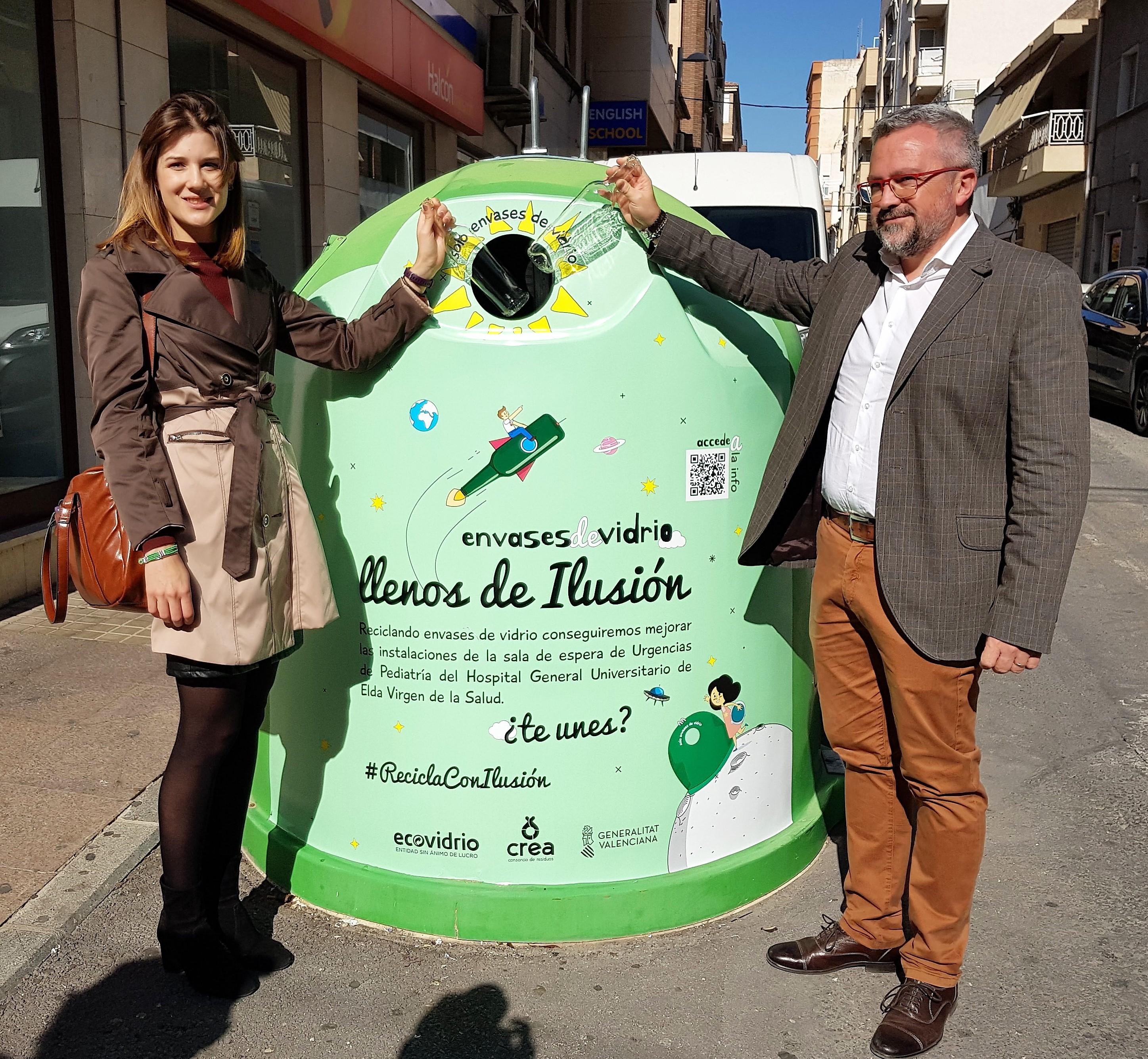 Elda colabora con la campaña 'Llenos de ilusión' para aumentar el reciclaje de vidrio en la ciudad