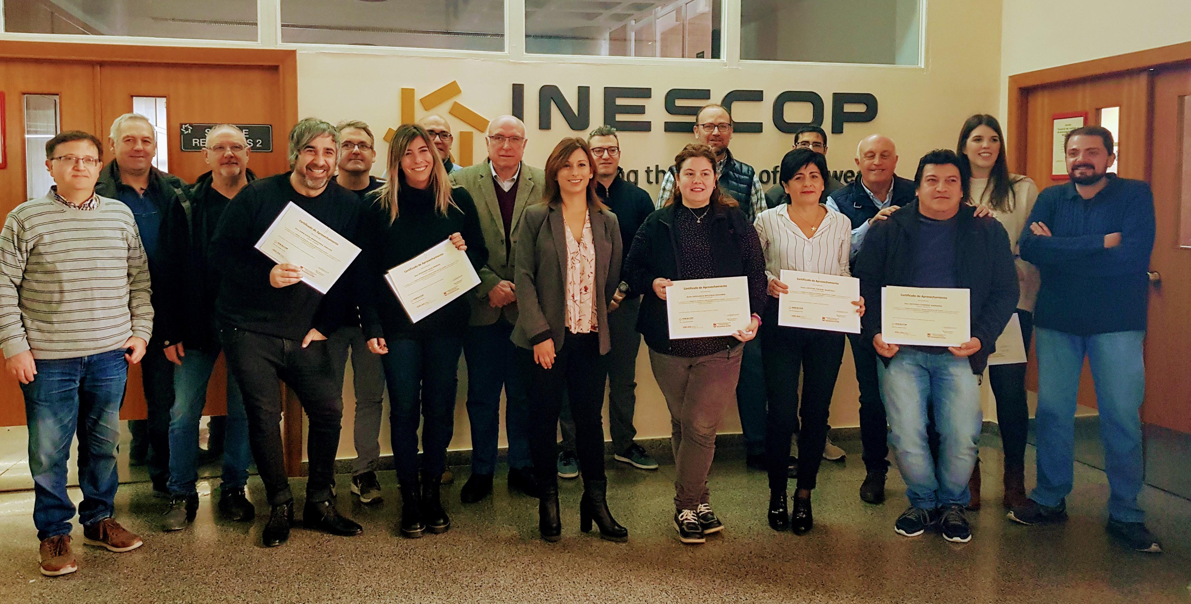 Idelsa e Inescop entregan los diplomas al alumnado del curso sobre control de calidad en el proceso productivo de calzado