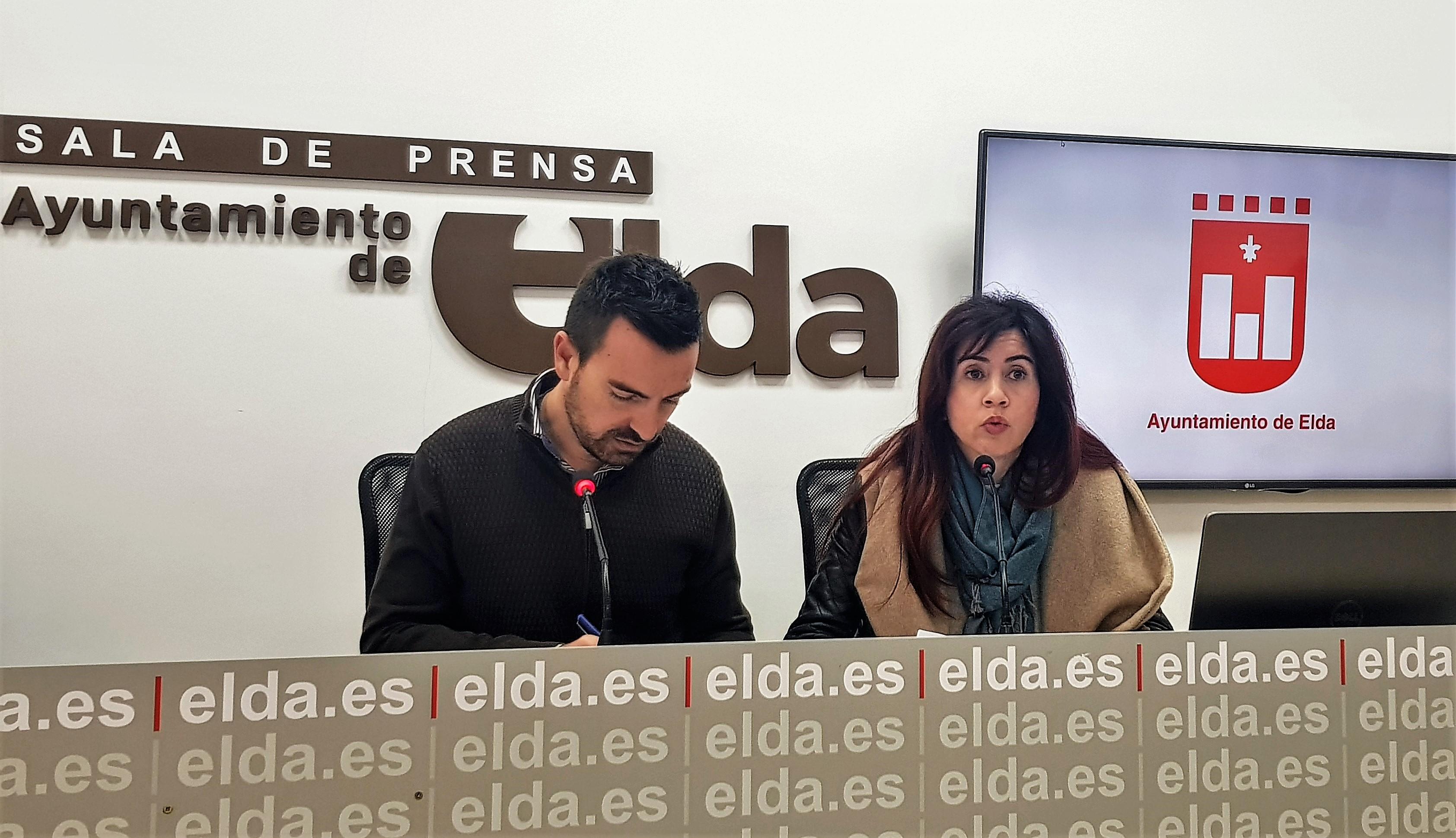 El Ayuntamiento de Elda concede 100 becas de 200 euros cada una para transporte universitario