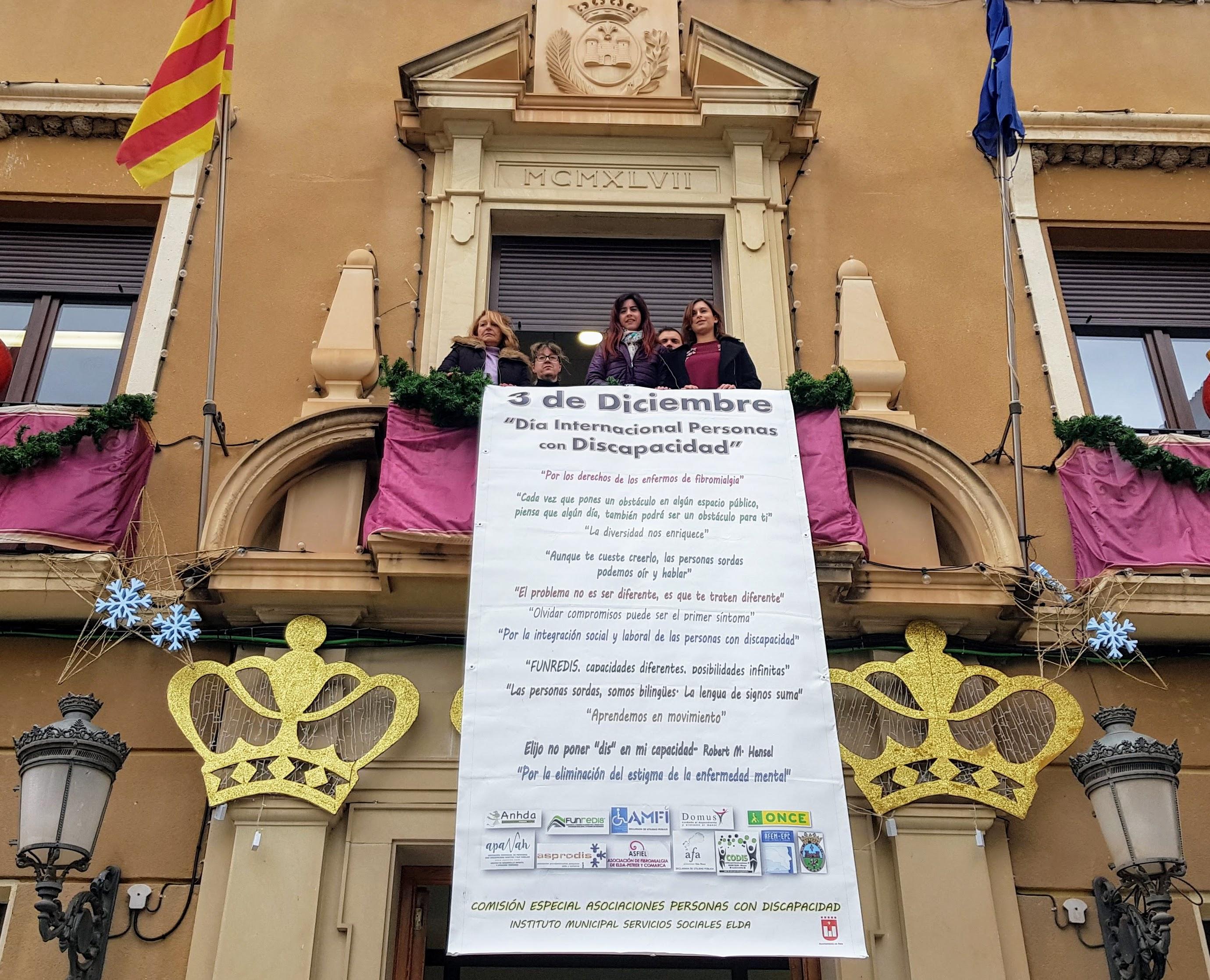 Elda celebra el Día de la Discapacidad con la lectura de un manifiesto para recordar los derechos de las personas con diversidad funcional