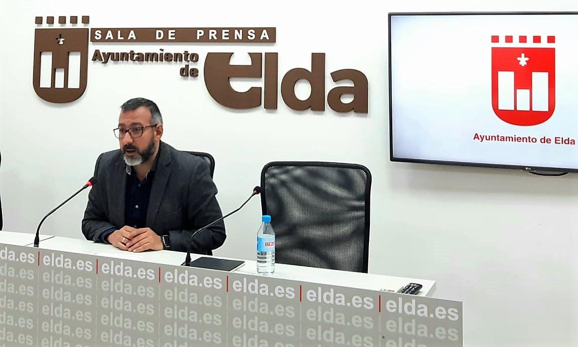 El gobierno local crea dos nuevas comisiones para debatir las políticas tributarias y las contratas municipales