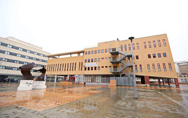 El Ayuntamiento de Elda cede el Centro Cívico y Social para la campaña de donación de sangre del Centro de Transfusiones