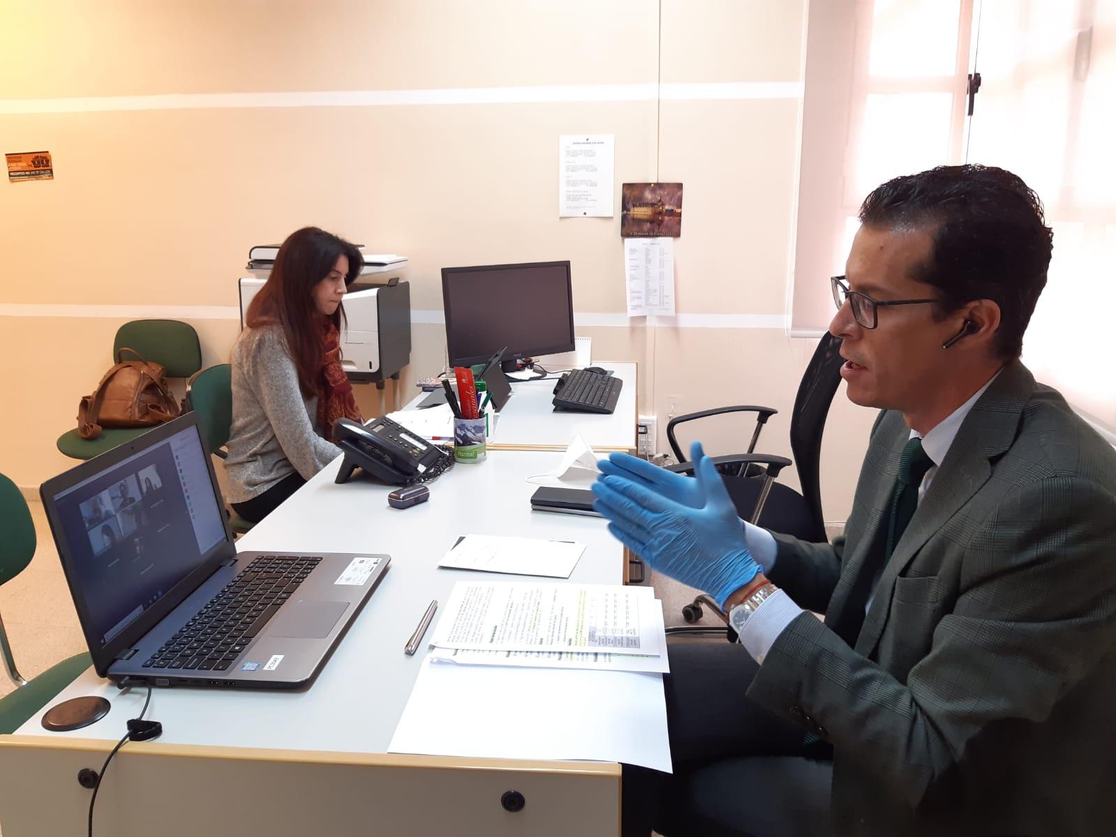 El Ayuntamiento de Elda ofrece ayudas de hasta 950 euros a las familias afectadas por la crisis provocada por el coronavirus