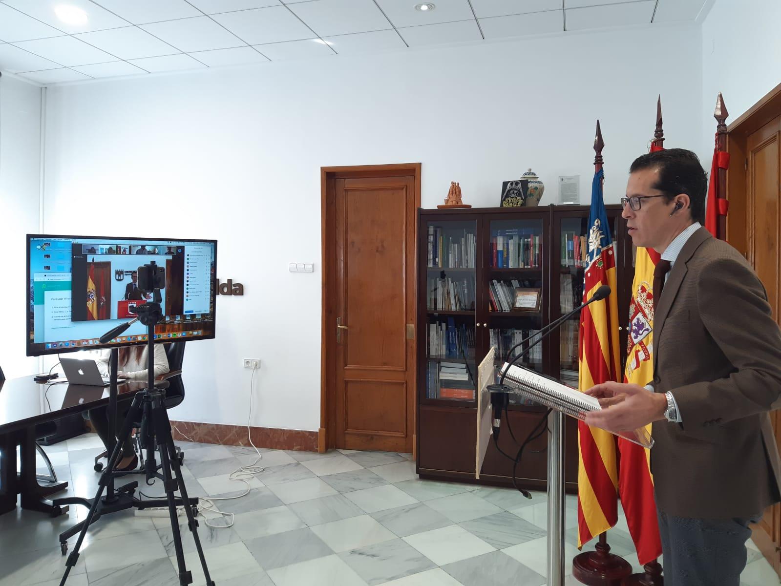 El Ayuntamiento de Elda amplía en 100.000 euros el convenio con Cruz Roja para atender a las familias afectadas por la crisis del coronavirus