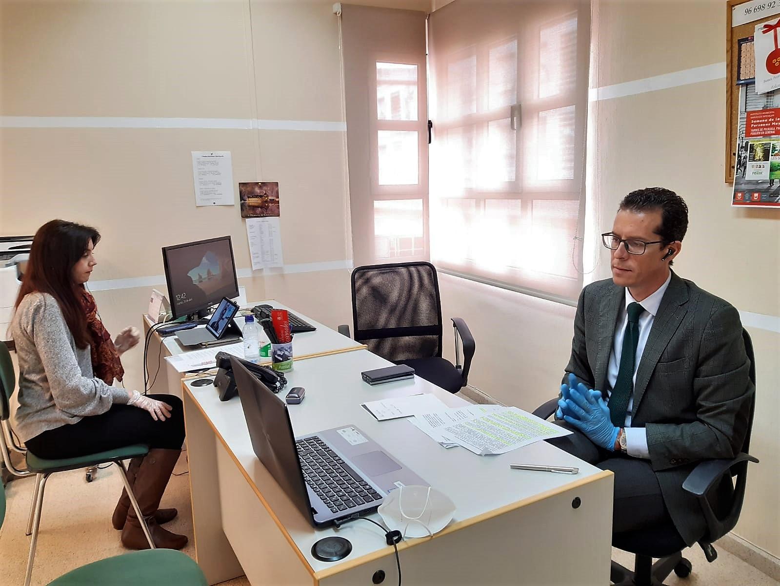 Bienestar Social abona el primer paquete de ayudas de urgencia social a 77 familias de Elda afectadas por la crisis del COVID-19