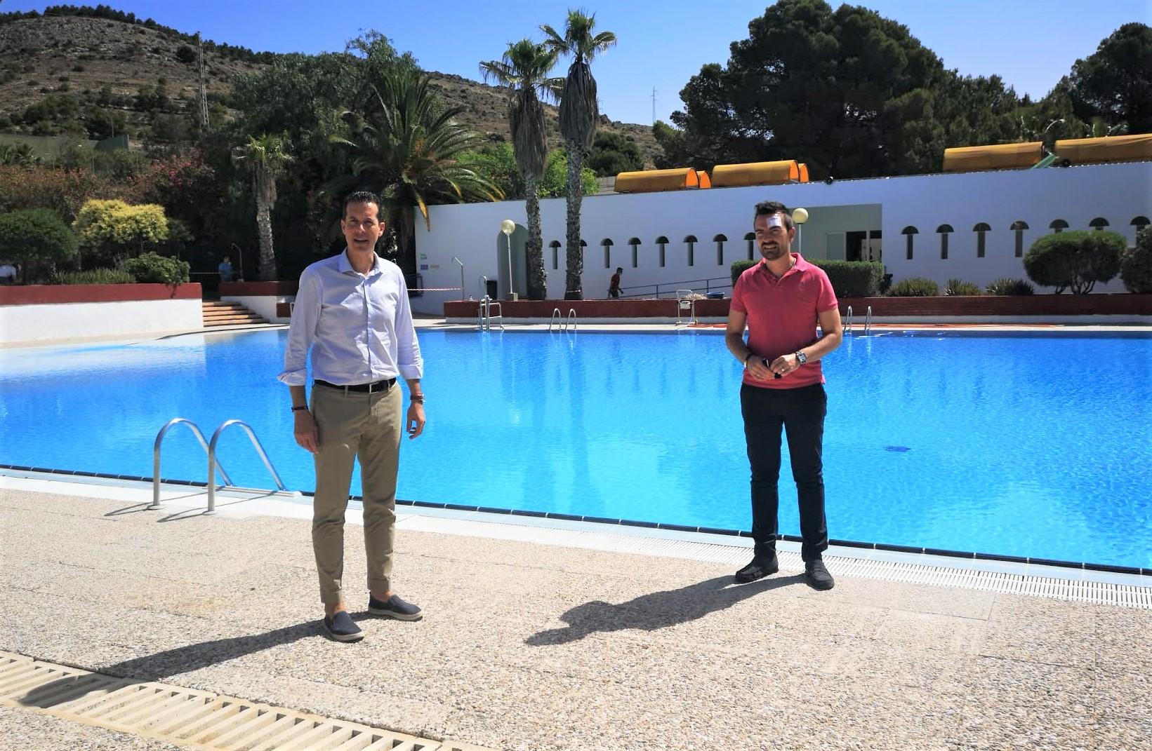 El Ayuntamiento de Elda abre mañana las piscinas de verano de San Crispín con medidas  de seguridad e higiene, aforo limitado a 130 personas y acceso con cita previa