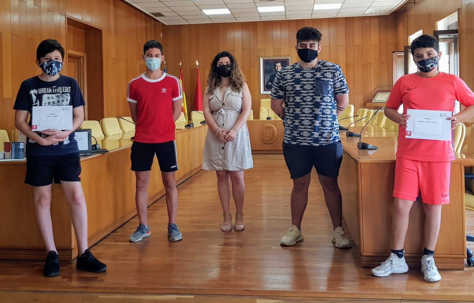 La Concejalía de Juventud entrega los premios a los ganadores de los torneos online de Fortnite y FIFA 2020 y de la yincana virtual