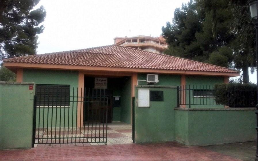 El Ayuntamiento de Elda mejorará los accesos y remodelará el recinto exterior del Centro Social Estación 4 Zonas