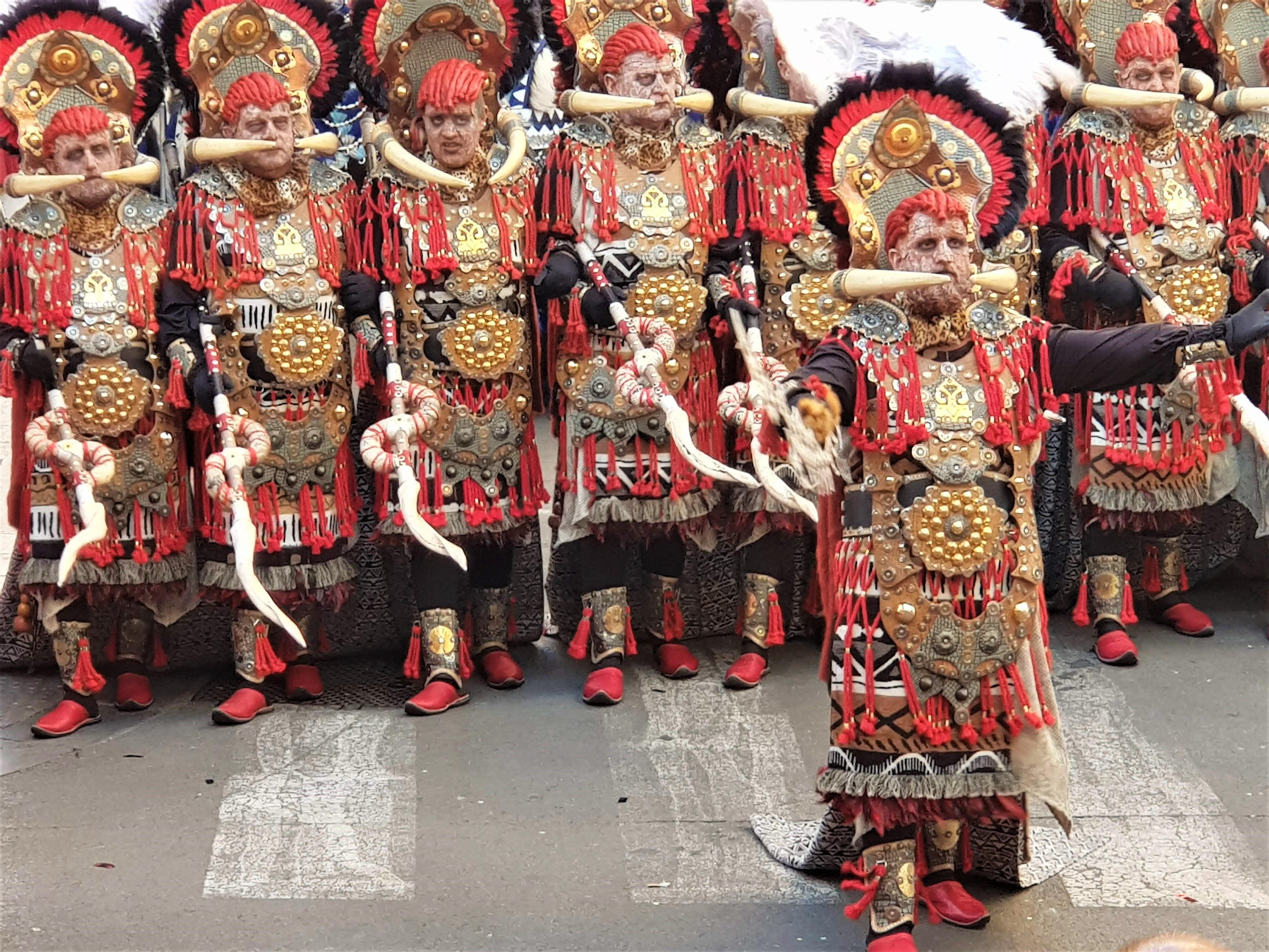La Generalitat Valenciana respalda la declaración de los Moros y Cristianos de Elda como Fiesta de Interés Turístico Nacional
