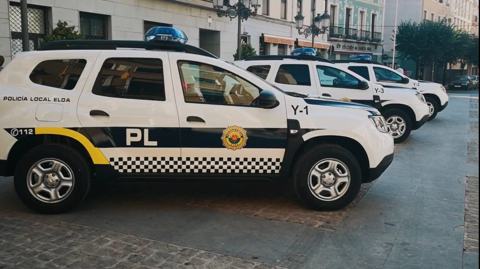 La Policía Local de Elda desmantela una fiesta en un parque público con cerca de 50 personas que no respetaban las medidas de seguridad