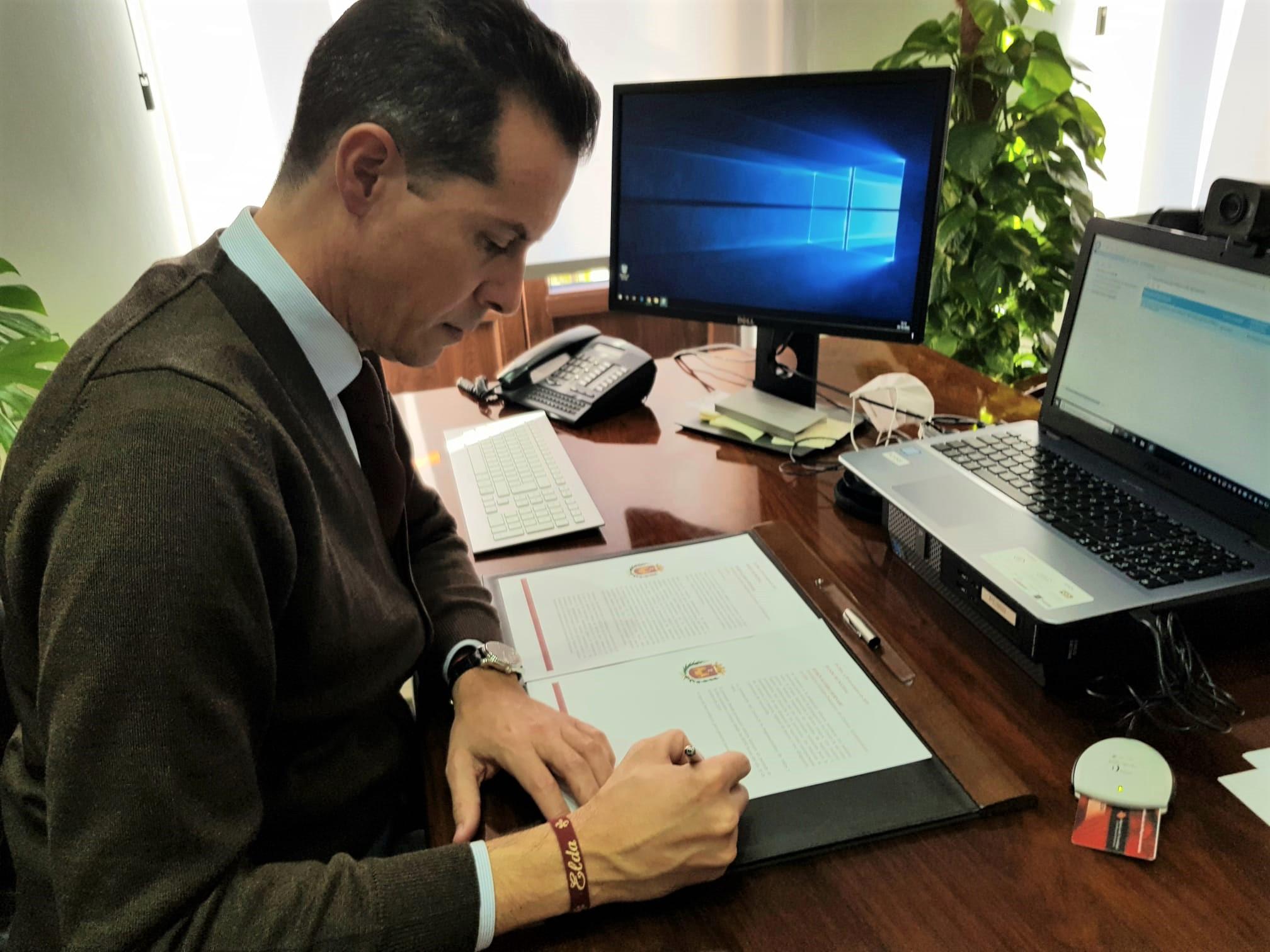El Ayuntamiento de Elda prorroga hasta el 9 de diciembre las medidas complementarias a las adoptadas por la Conselleria de Sanidad para reducir la cifra de contagios por Covid-19