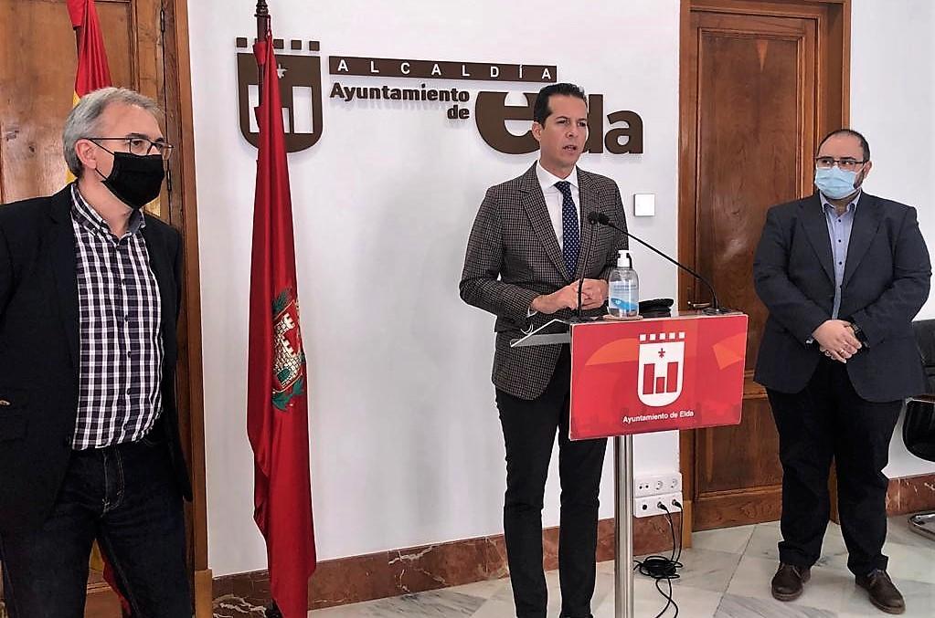 El Ayuntamiento de Elda anuncia la convocatoria de catorce plazas de empleo público con una tasa de reposición del 110%