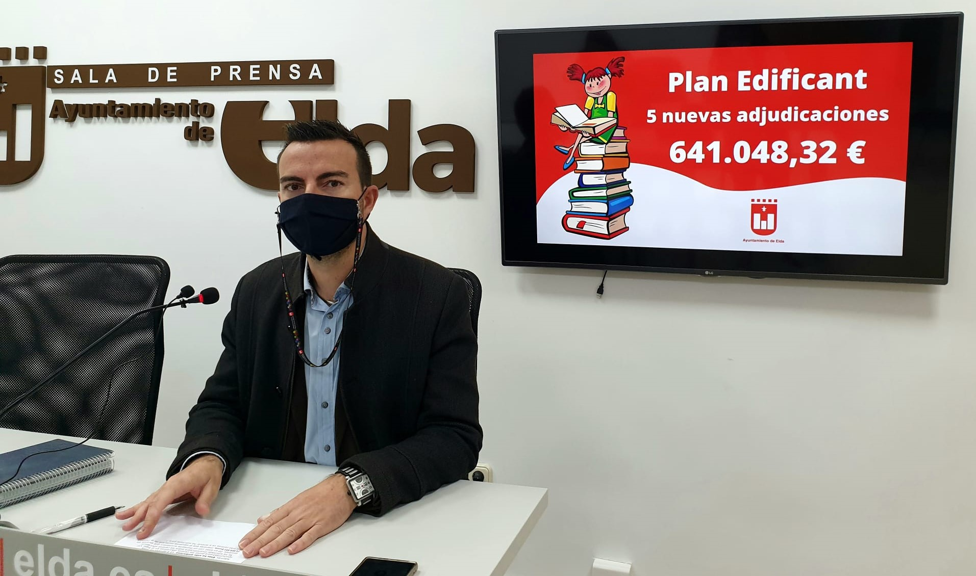 El Ayuntamiento de Elda aprueba la adjudicación de cinco nuevos contratos del Plan Edificant por un importe de 641.048 euros