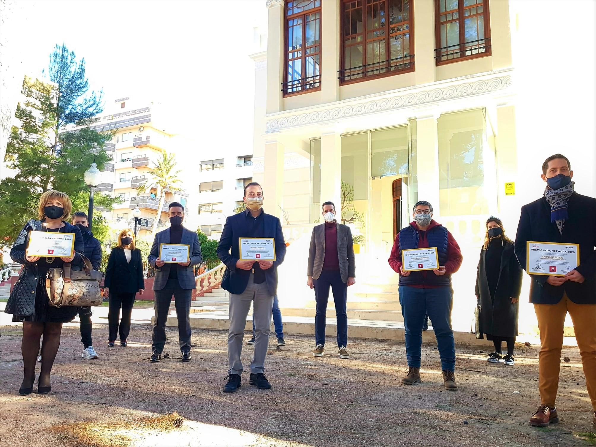 El Ayuntamiento de Elda entrega las distinciones a los cinco proyectos ganadores del programa Elda Network
