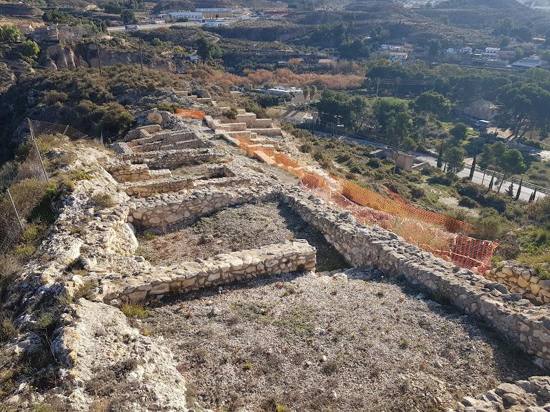Una exposición en el Museo Arqueológico celebrará el 30 aniversario de las intervenciones municipales en el yacimiento de El Monastil