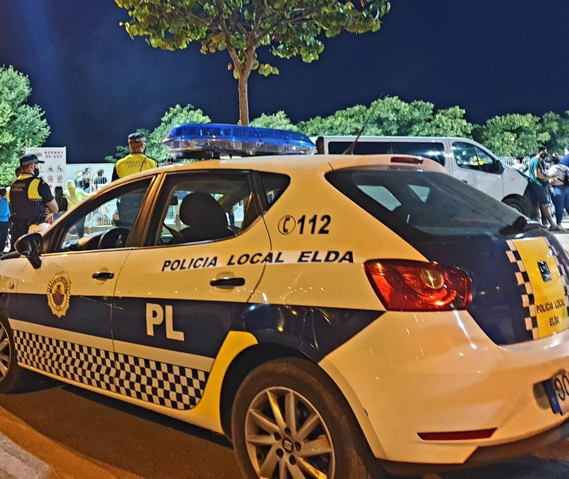 La Policía Local de Elda levanta 24 actas de sanción durante el último fin de semana de confinamiento perimetral por la pandemia