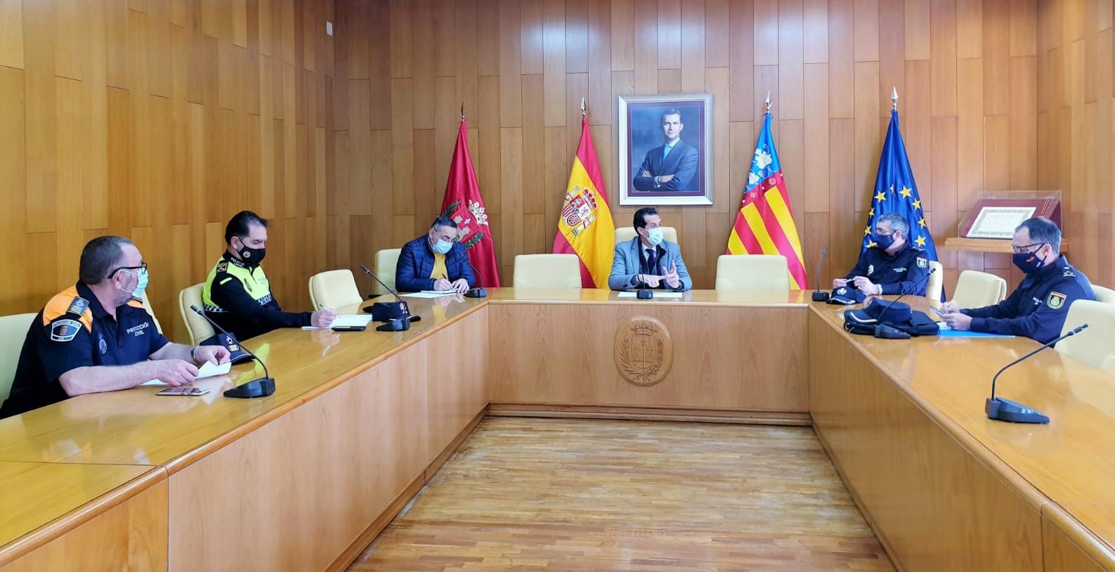 La Junta Local de Seguridad establece medidas de coordinación para controlar el cumplimiento de las restricciones durante la Semana Santa
