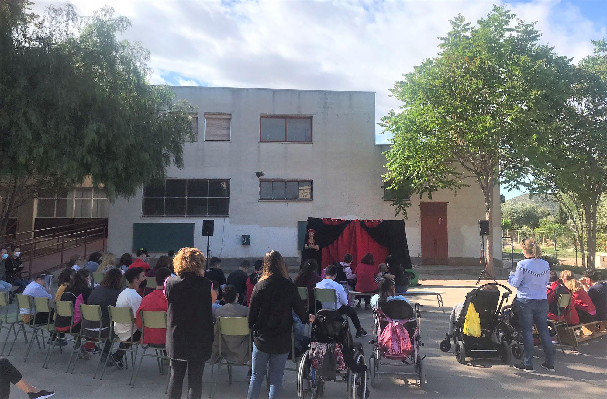 El IMSSE pone en marcha una campaña en los centros educativos de Elda para incorporar desde la infancia la perspectiva de género y la igualdad en la vida cotidiana