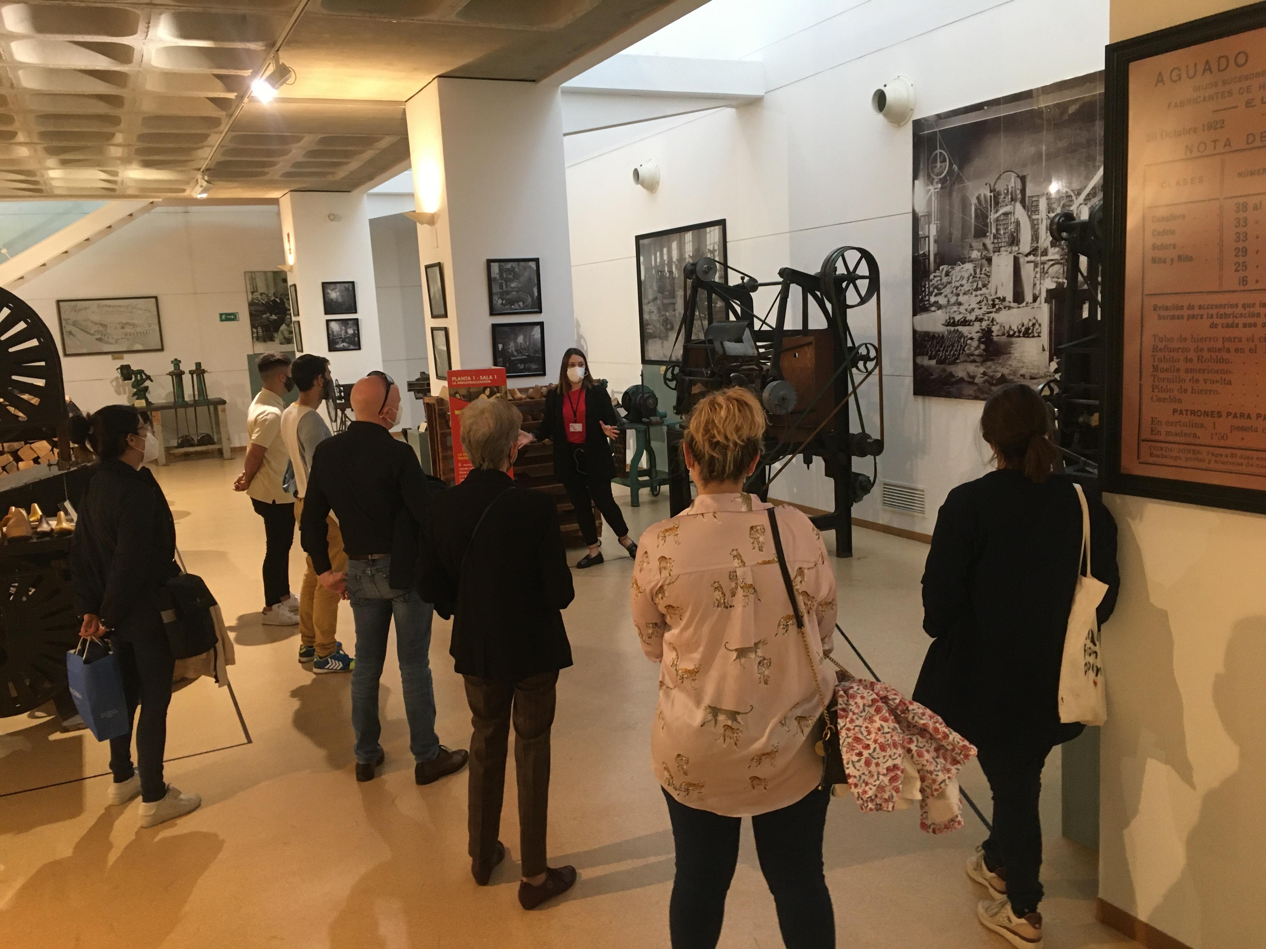 Más de 200 personas participaron en los actos organizados por el Ayuntamiento de Elda con motivo del Día Internacional de los Museos