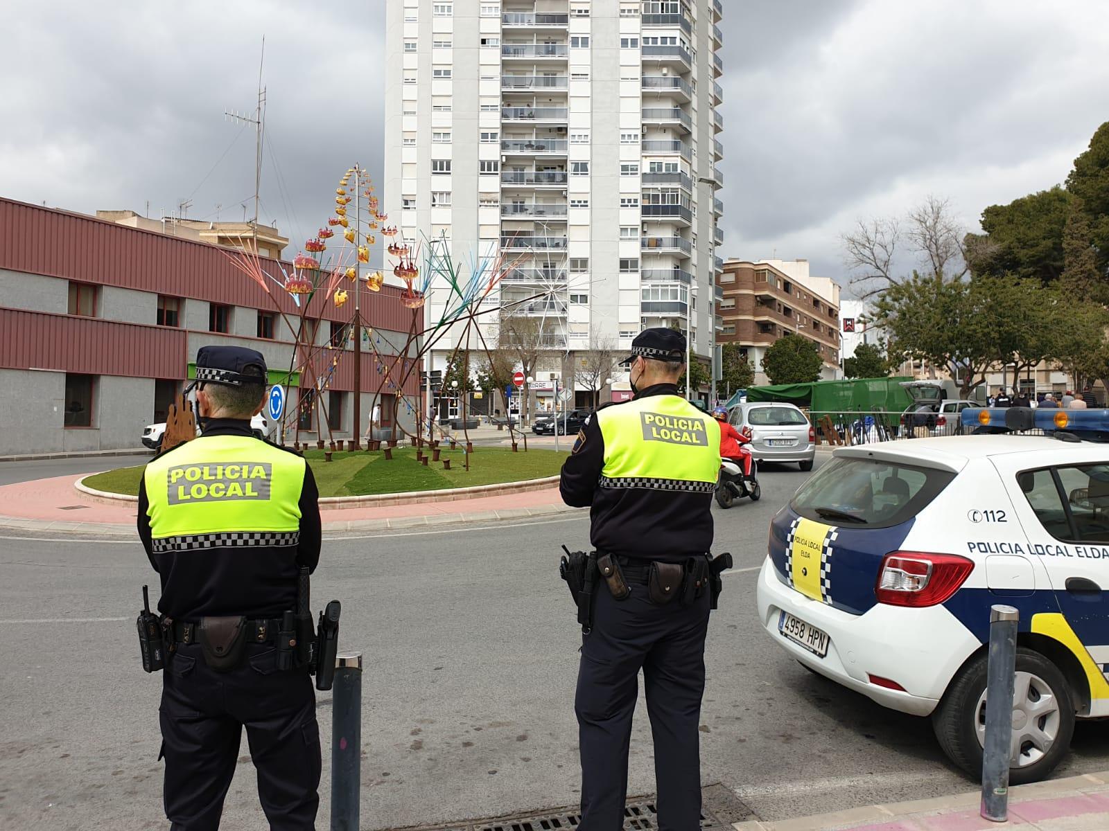 La Policía Local de Elda levanta 14 actas de sanción durante el último fin de semana por incumplimiento de medidas  contra el Covid-19