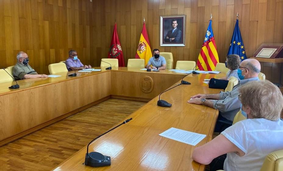 La Concejalía de Participación Ciudadana colaborará con la FAVE para impulsar acciones que refuercen el tejido vecinal de la ciudad