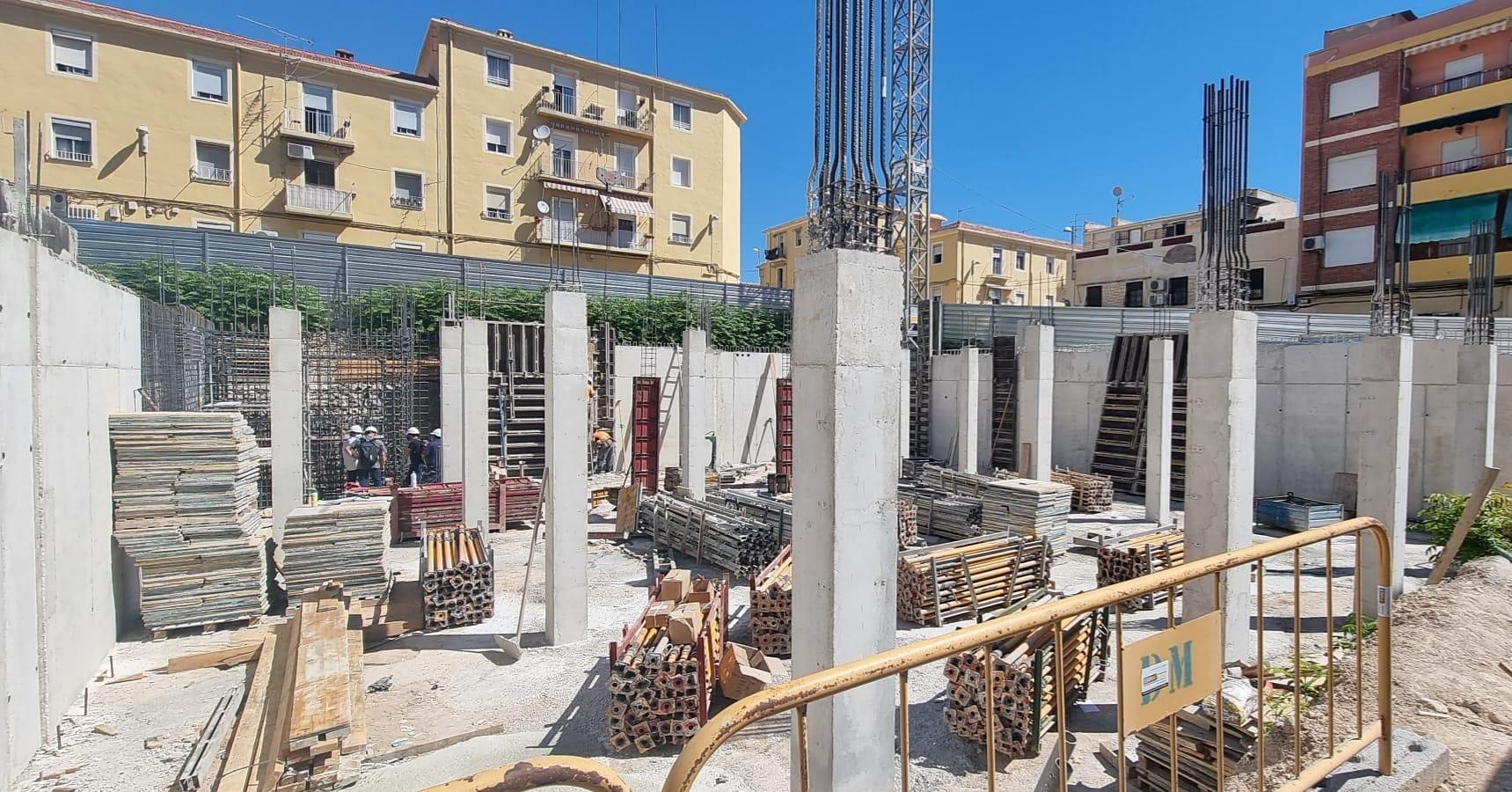 El Consultorio Médico de Virgen de la Cabeza comienza a tomar cuerpo con la finalización de la cimentación y los muros de contención