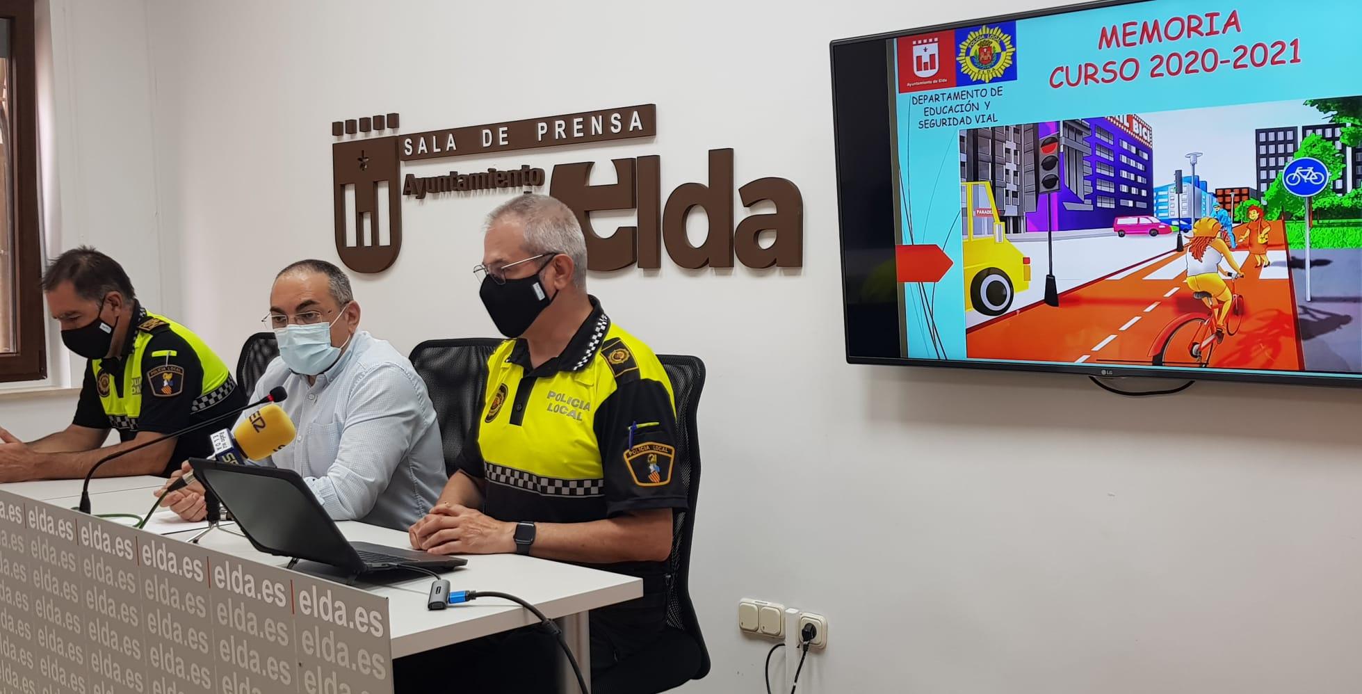 Más de 4.000 alumnos y alumnas han recibido  formación en Educación Vial dentro de los programas de la Policía Local de Elda
