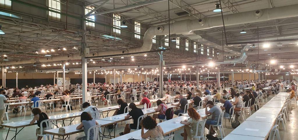Seiscientas personas de las 1.115 inscritas se presentan a la primera prueba de la convocatoria del Ayuntamiento de Elda para cubrir 16 plazas de auxiliar administrativo